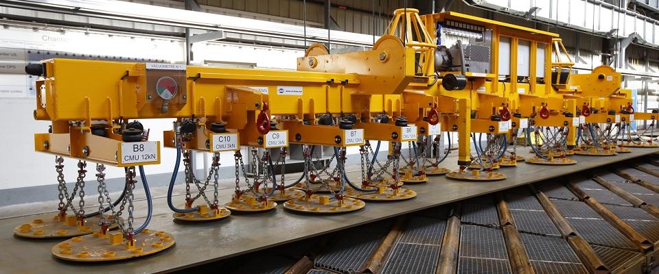 重型板材吊运<br/><span>工业真空吸吊解决方案</span>